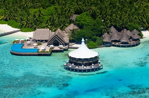 Baros Maldives receives Small Luxury Hotels of the World award